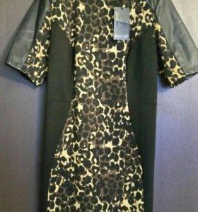 Платье Laura Scott.