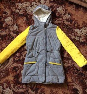 Куртка женская на весну, новая!размер S