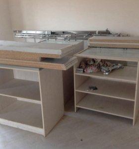 Продаются столы для бизнеса и стеллажи