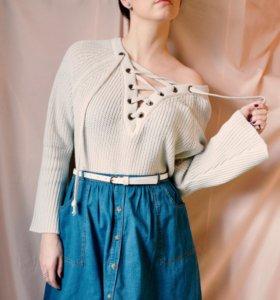 Ультра-модный свитер со шнуровкой