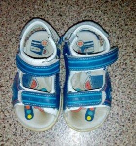Продам сандали ортопедические
