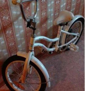 Велосипед девочке 4-7 лет