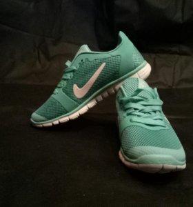Новые кроссовки Nike!!!!