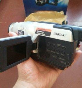Видеокамера SONY Hi8 Handucam Vision CCD -TRV418E