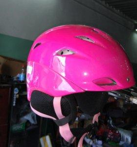 Шлем сноубордический женский