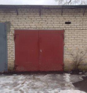 Продам гараж ( в черте города )