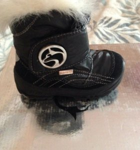 Ботинки зимние р22