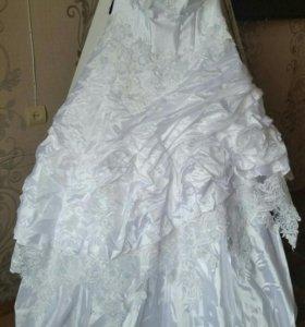 Свадебное платье (кольца, фата)