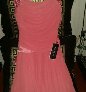Платье шифоновое..новое,очень красивое