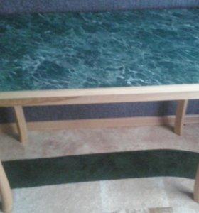 СРОЧНО!!! Стол кухонный в идеальном состоянии.