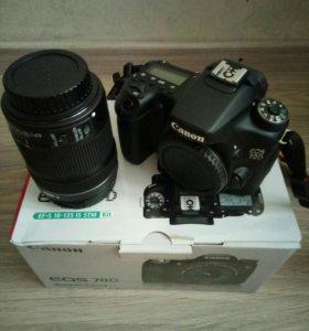 Продаю фотоаппарат Canon 70d 18-135