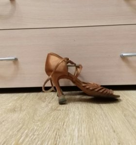 Туфли танцевальные (латина)