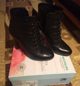 Женские ботиночки)))