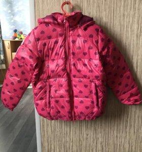 Новая куртка 134 размер