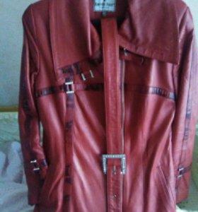Кожаное пальто 44-46