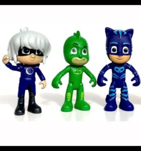 """Игрушки """"Герои в масках"""" из 6-три персонажей."""