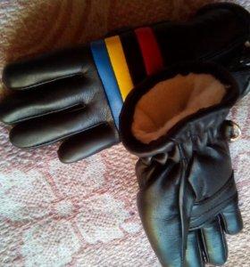 Перчатки и рукавицы,шапка