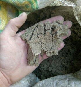 В мешках.цемент,песок,отсев,пгс,гравий,щебень