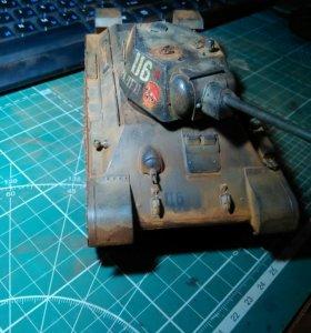 Модель танка Т34-76
