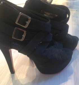 Туфли с открытым носочком