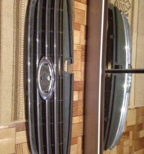 Решетка радиатора Ford Mondeo Форд мондео
