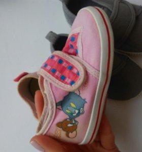 Обувь на девочку р.18-19