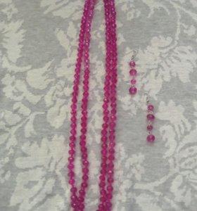 Набор розовой бижутерии