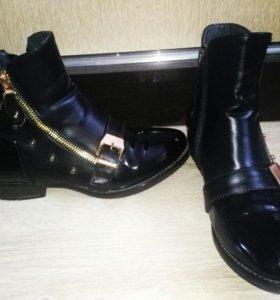 Женкие ботинки