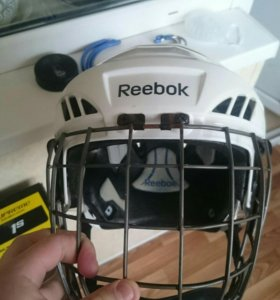 Хоккейный шлем с сеткой Reebok размер SR L