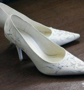 Туфли. Состояние идеальное.