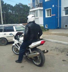 Мотоцикл HONDA VTR-1000F
