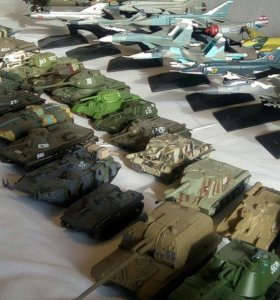 Коллекция танков и самолетов
