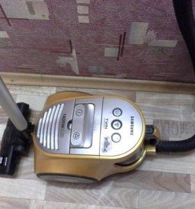 Пылесос Samsung SC8471