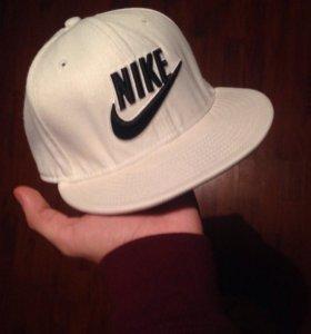 "Снепбек/бейсболка/кепка ""Nike"""