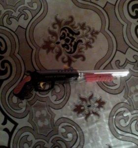 Пистолет два ствола