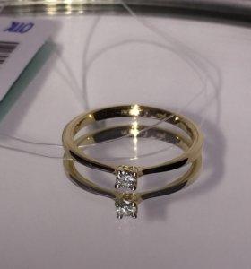 Новое золотое кольцо с бриллиантом
