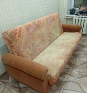 Продам диван,в очень хорошем состоянии.