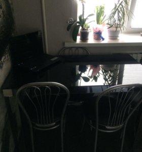Стол из закаленного стекла