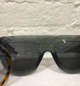 Солнечные очки Celine