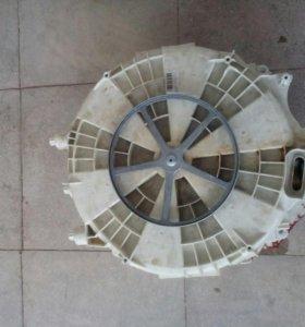 Бак к стиральной машине Indezit