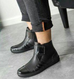 Резиновые ботинки мужские