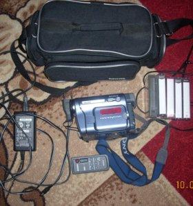 Видеокамера Сони CCD TRV-428E