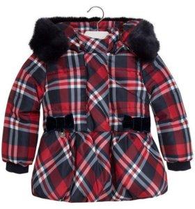 Продам тёплую куртку Mayoral Chic