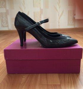 ⭕️ Туфли на каблуке