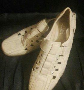 Обувь мужская 42 р.