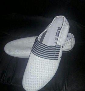 Обувь мужская на 42 р.