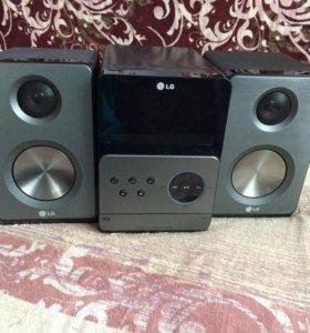 Музыкальный центр LG XA66(торг)