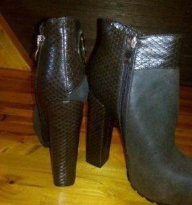 Ботинки 36 р новые