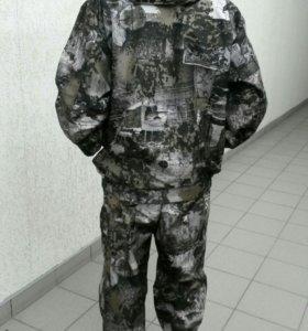 Непромокаемый костюм для активного отдыха и работы