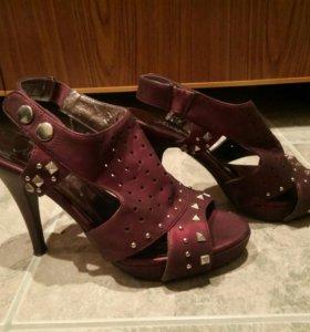 Туфли 37-38 размер